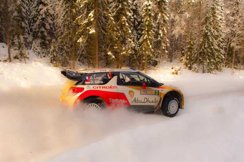 Rally Sweden 2013 - S. Loeb op snelheid tijdens Rally Sweden 2013