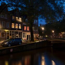 Aan de Amsterdamse gracht.