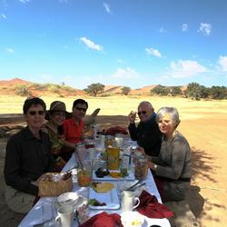 Gezellig, smaakvol tafelen in de woestijn