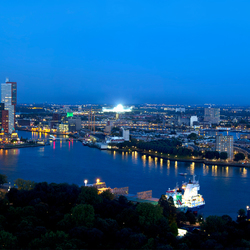 Rotterdam by night Panorama