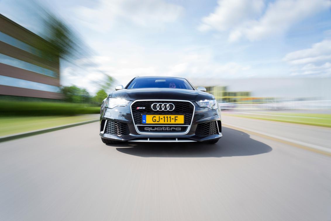 automotive rig shot Audi RS 6