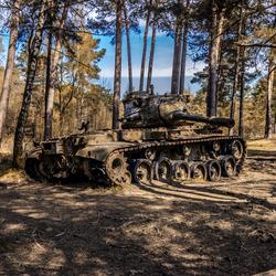 Tank in het bos