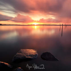 Regenachtige zonsopkomst