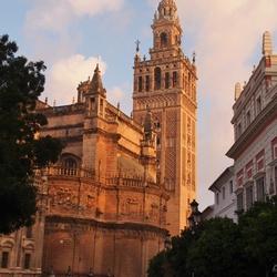 giralda Sevilla.jpg