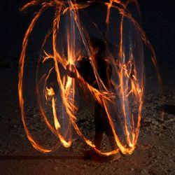 met vuur spelen