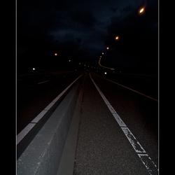 in de stilte van de nacht