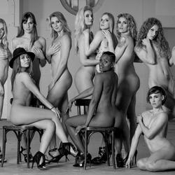 12 girls nude