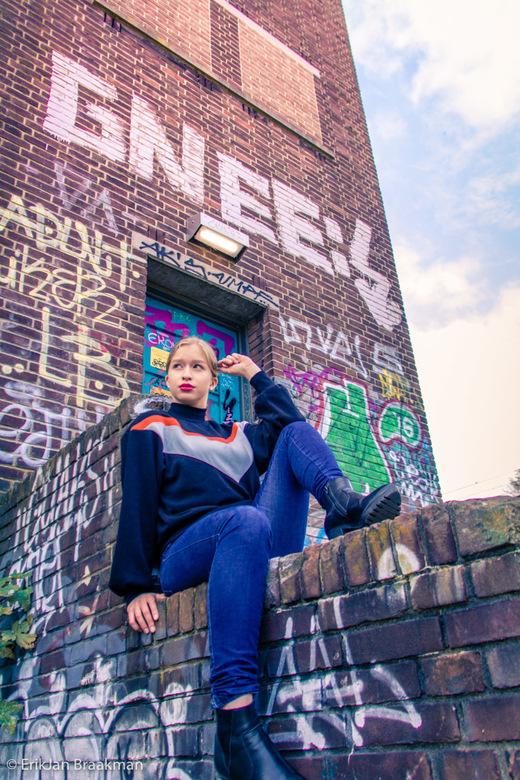 fotoshoot Haarlem - Urban fotoshoot bij het Seinwezen in Haarlem met het geweldige model Jantine (insta:@starcatxer)<br /> <br /> Hoe zouden jullie