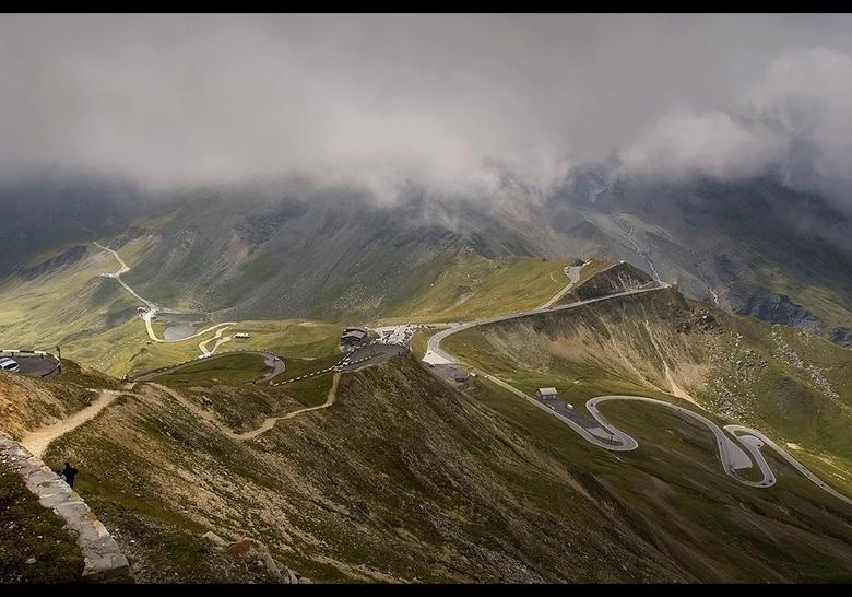 Snake roads - Mijn uitstapje naar de Grossglockner in Oostenrijk. amaai amaai, daar moet je toch goed kunnen rijden met de auto of je geraakt er niet