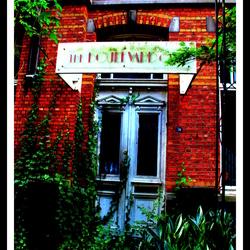 The Boulevard Cafe