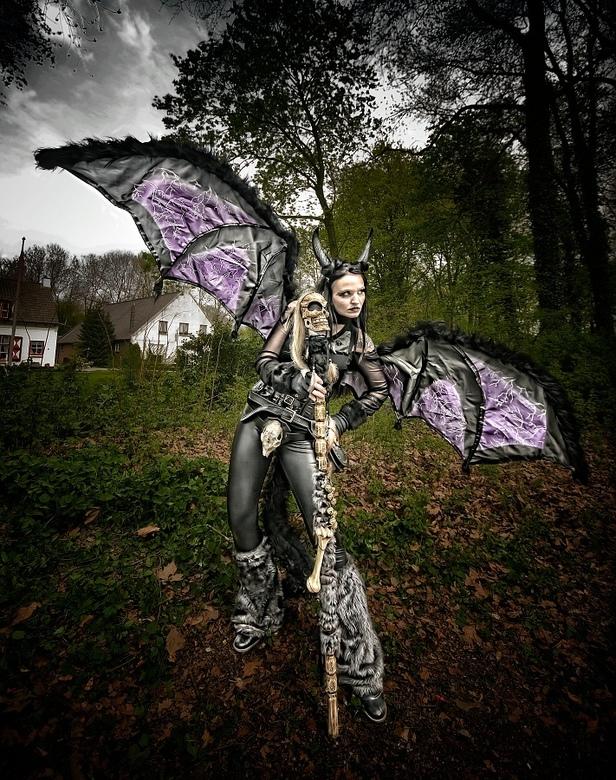Sweet Devil - Eindelijk weer even tijd gehad om te kunnen fotograferen. <br /> <br /> Deze is gemaakt op de Fantasyfair afgelopen zondag. Het was er