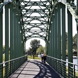 Kom over de brug