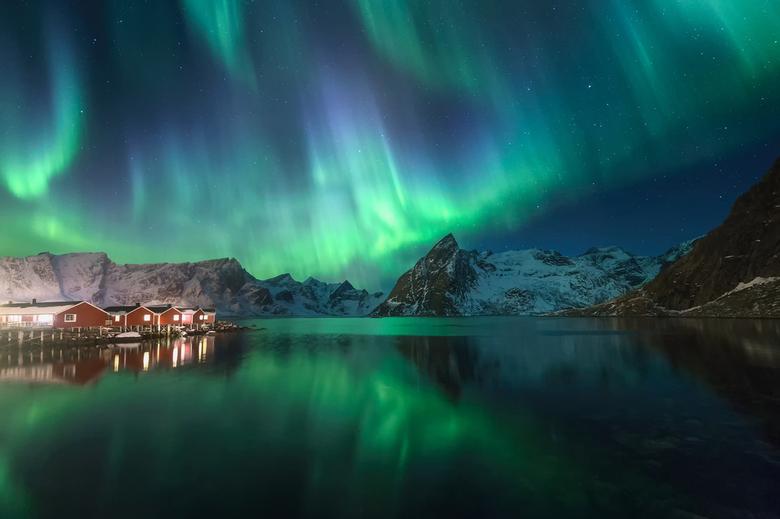 De Lofoten droom - Dit beeld is vorige week genomen op reis met www.northscapes.eu...<br /> <br /> De foto staat voor mij symbool met waarom mensen