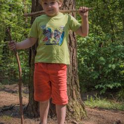 mijn zoon in het bos