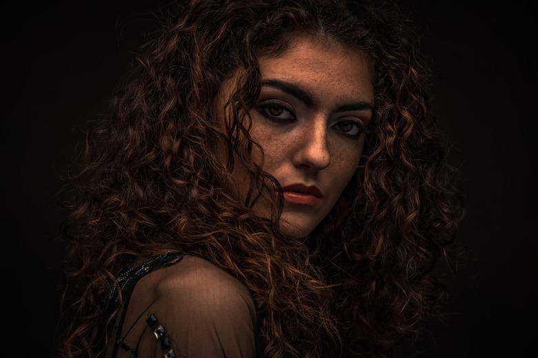 PI2019-Portret - Portret van Fabienne Alice Teeken gemaakt tijdens de Professional Imaging op de stand van Studio34x.
