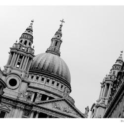 St Paul's v3
