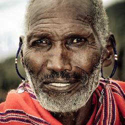 De bedenkelijke blik van de Masai