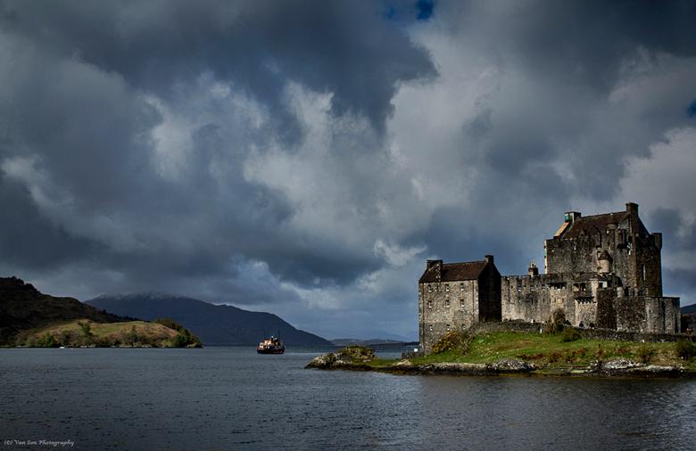 Schotland 7 - Eilean Donan Castle, bewerkt.