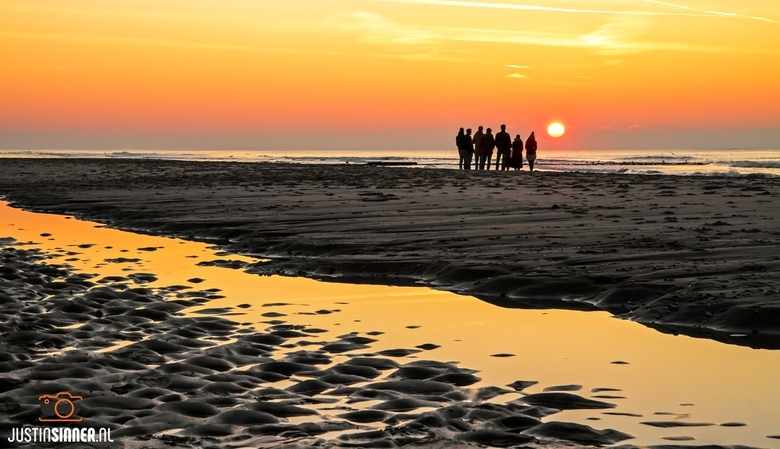 Genieten van de zonsondegang op Texel.