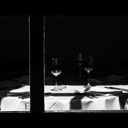 the empty restaurant