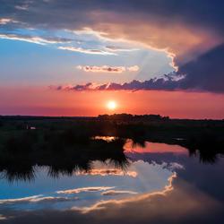Zonsondergang voor Eemdijk
