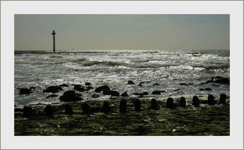 Aan de kust !! - Op de dijk bij Petten