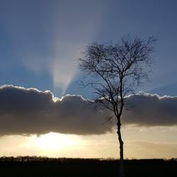Magisch Licht vanuit de wolken
