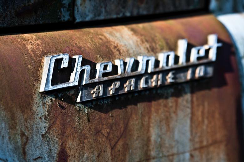 Old rusty Chevrolet - Ergens bij Rotterdam gevonden!! Zeer gaaf om allerlei oude amerikanen te zien