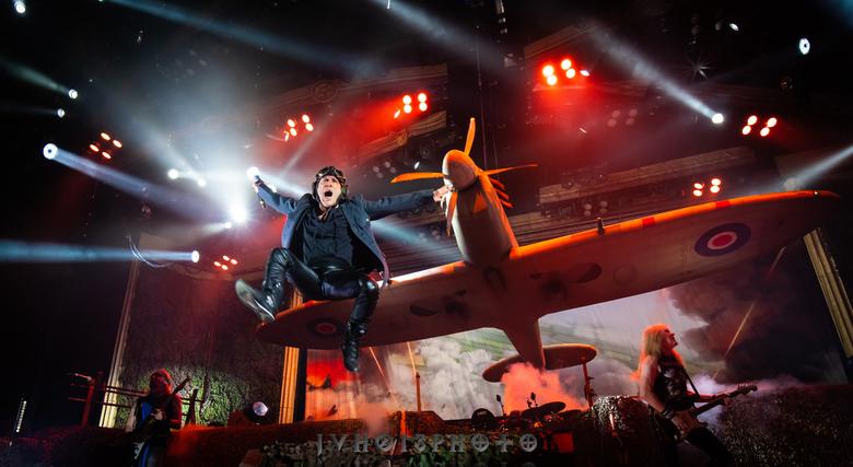 Iron Maiden - JvH013Photo - Gelredome - De eerste maal in de fotopit in de Gelredome alwaar ik Iron Maiden mocht fotograferen.