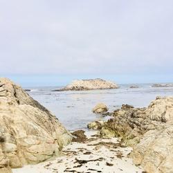 Tussen de rotsen