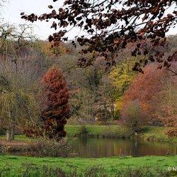 Kasteeltuin in herfstkleuren