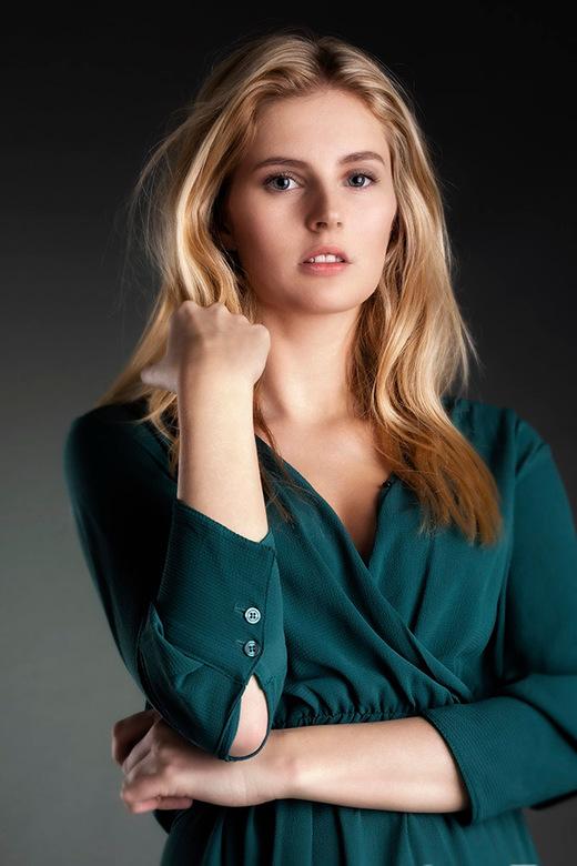 green dress - model Phaedra
