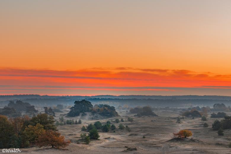 Sunrise Kootwijkerzand - S morgens voor t werk toch nog even gekozen om via het Kootwijkerzand te gaan. Ik werd niet teleurgesteld.