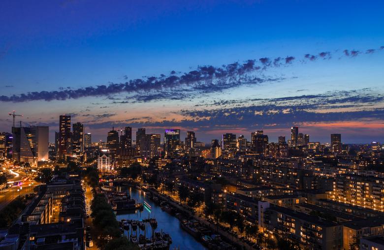 Rotterdam by night - De mooiste stad van Nederland!