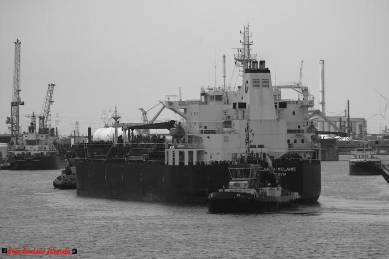 Oil Tanker in Antwerpen  - Een olie tanker