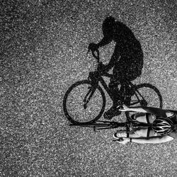 In de zon fiets je nooit alleen.