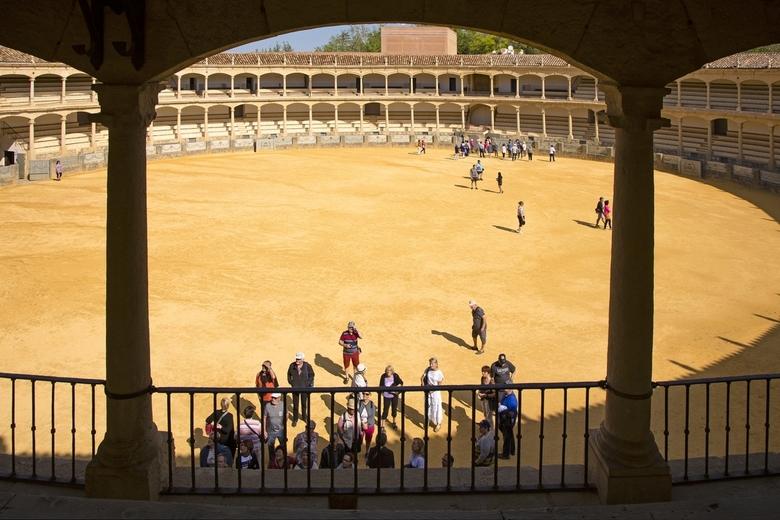 Spanje 35 - Het ronde van de arena is hier goed te zien.