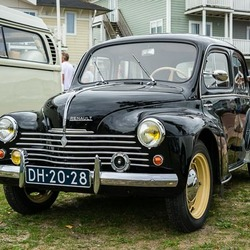 Renault 4 cv-2