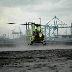 Helicopter op het strand