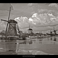 Kinderdijk in de winter 5