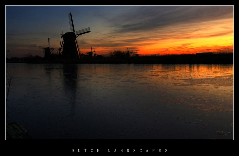 Fire in the sky - Kinderdijk 17.01.12 jl.<br />