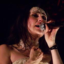 Sharon, zangeres van Within Temptation