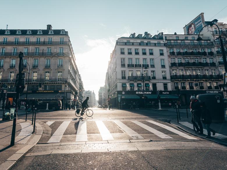 Een koude zonnige middag in Parijs -