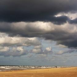 Wolken van licht naar donker