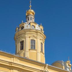 Toren in het Peter en Paul Fort, bij Sint Petersburg