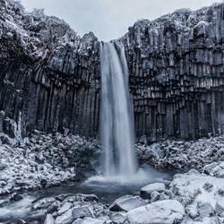 De zwarte waterval