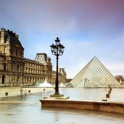 Rainy Louvre