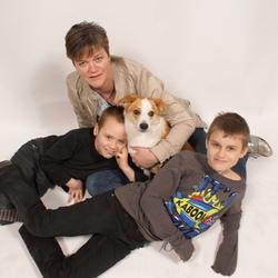 mijn vrouw met kinderen en hond