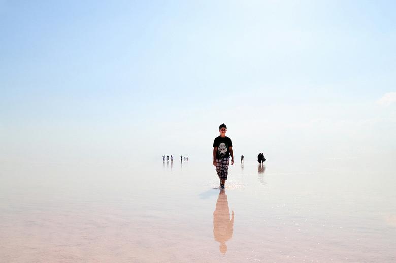 Salt Lake - Iedereen bedankt voor de reacties <br /> <br /> Deze foto is gemaakt op een zomerse hete middag, door het zout op de grond en reflectere