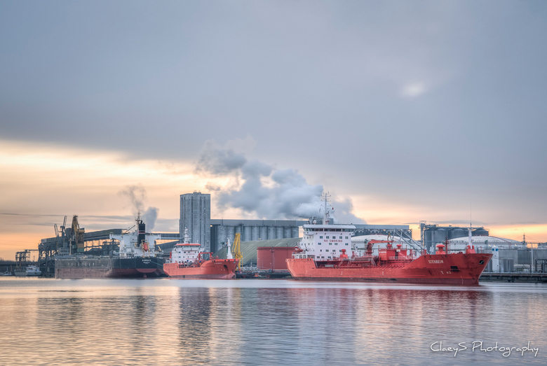Sunday Morning @ North Sea Port Ghent - Terneuzen - Sunday Morning @ North Sea Port Ghent - Terneuzen.<br /> <br />